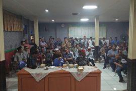 Warga Desa Bindu minta pemilihan ulang BPD