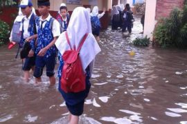 Sekolah boleh libur jika kebanjiran