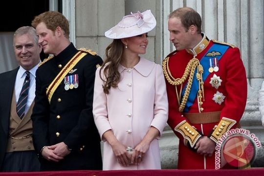 Pangeran Harry dan tunangan undang 600 tamu ke pesta pernikahan