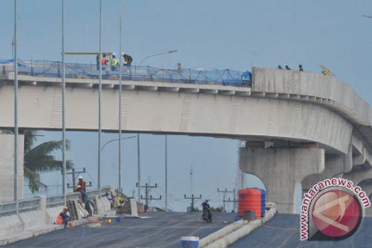 Merespon Becakayu, pengerjaan LRT Palembang diminta hati-hati