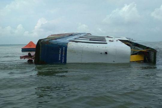 Kapal karam satu orang ABK belum ditemukan