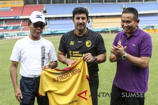 Alfredo Vera resmi jadi pelatih Sriwijaya FC