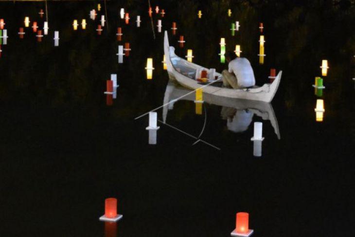 Festival Lampion Air di Taman Mangrove Grand Maerokoco