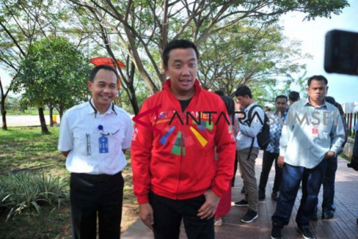 Menpora promo Asian Games lewat jaket buatan lokal