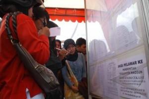 Ganjar ajak masyarakat awasi seleksi penerimaan CPNS