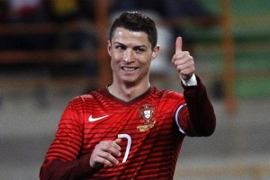 Christiano Ronaldo Fit 100 Persen