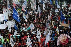 Buruh Semarang Demo Di Sejumlah Titik