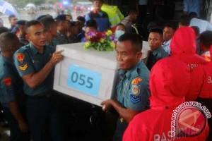 RS Bhayangkara Terima 10 Jenazah Kkorban AirAsia