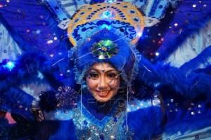 Semarang Night Carnival 2015 Diiringi Gerimis