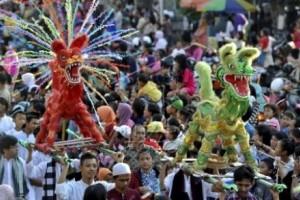 Sambu Puasa, Ribuan Warga Padati Karnaval Dugderan