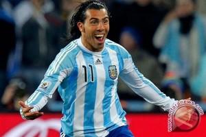 Hati Carlos Tevez Tertambat untuk Manchester City