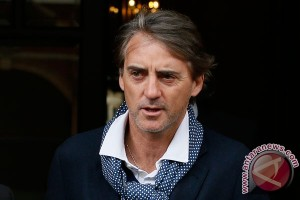 Mancini Tuding Maurizio Sarri Berlaku Rasis