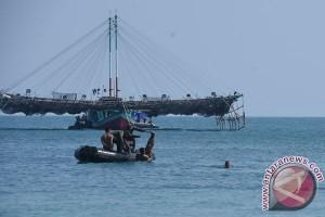 Kasal: Berenang Melintasi Selat Madura Pembinaan Tradisi Pengukur Kemampuan Prajurit TNI-AL