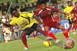 Persibat Pinang Daniel Roekito sebagai Pelatih Baru
