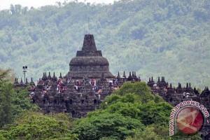 Pengunjung Borobudur Naik 50 Persen Libur Akhir Pekan Ini