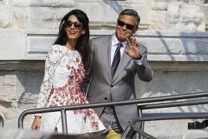 Paus Beri Penghargaan Richard Gere, George Clooney dan Salma Hayek