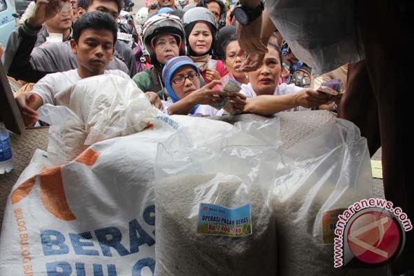 Bulog Kedu gencarkan operasi pasar beras