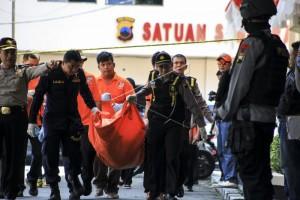 Jenazah Pelaku Bom Diduga Nur Rohman Tiba di RS Bhayangkara