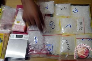BNN Jateng Tangkap Kurir Narkoba Sabu-Sabu di Solo