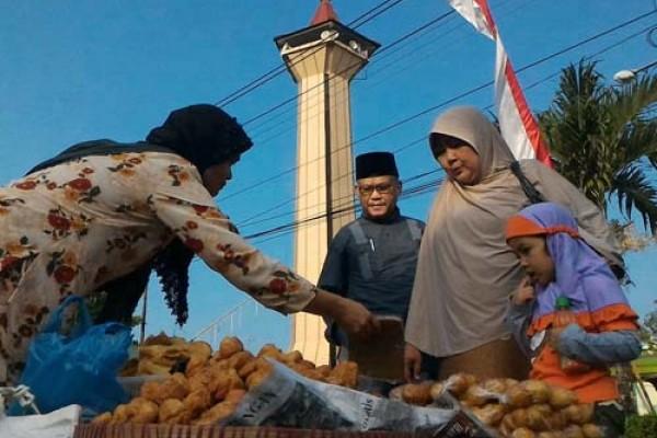 Pasar Paingan-Pengajian Masjid Kauman Semringah Lagi