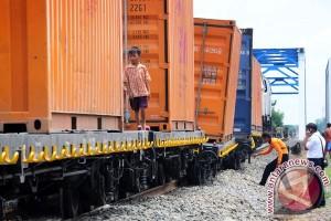 Target Pendapatan Angkutan Barang PT KAI belum Tercapai