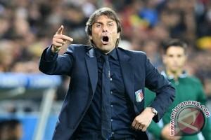 Bos Chelsea Conte balik damprat Mourinho