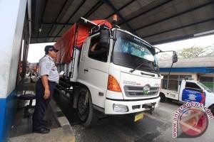Mayoritas Angkutan Barang Langgar Batas Tonase