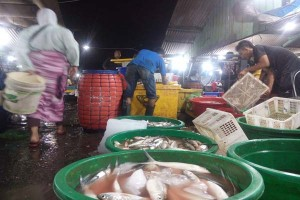 Pasar Rejomulyo Baru terisi pada akhir Agustus