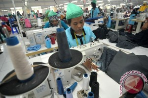 C. Java Textile Producers Eye Expansion in Middle East