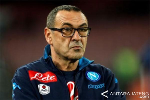 Chelsea selangkah lagi dapatkan Maurizio Sarri