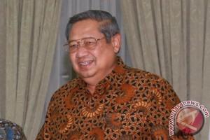 SBY Menikmati Kupat Tahu Magelang