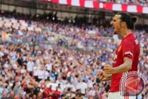 Mourinho: Lukaku dan Ibrahimovic Akan Dimainkan Berbarengan