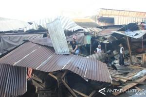 265 Pedagang Pasar Tarumanegara Direlokasi ke Pasar Rejowinangun