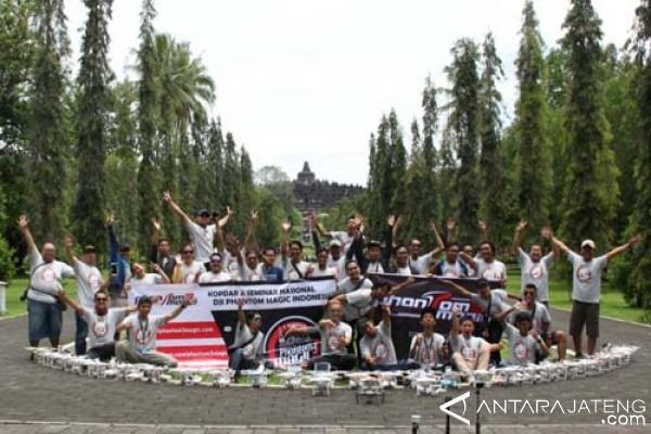 Komunitas Drone Kopdar di Borobudur