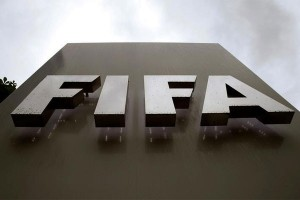 Banjiri kolom komentar facebook FIFA