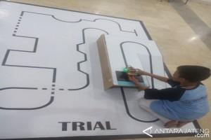 Kontes Robot Polines Semarang Diikuti 98 Tim