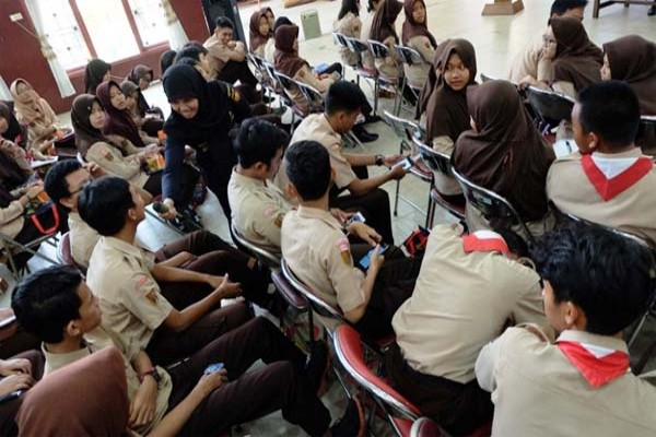 Bea Cukai Kenalkan Diri di SMAN 5 Semarang