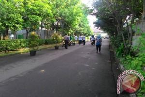 Polrtes Jaksel Juga Bubarkan Sekelompok Orang di TPS 5