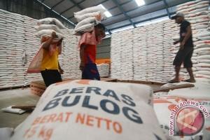 Realisasi pengadaan pangan Bulog Kedu 142 ton