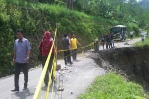 Data pengungsi tanah bergerak di Banjarnegara terus didata