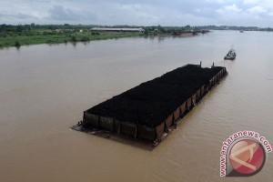Tiang Jembatan Ampera Rusak akibat Ditabrak Tongkang Pengangkut Batu Bara