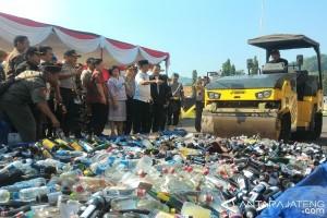 1.000 Botol Minuman Beralkohol Dimusnahkan di Temanggung
