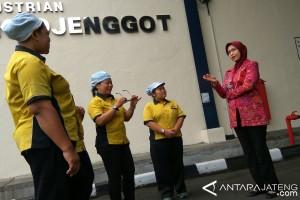 390 Perusahaan di Temanggung Disurati agar Bayar THR