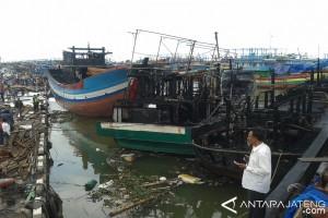 Kapal Terbakar di Juwana Tak Kantongi Izin Perbaikan