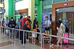 Bandara Adi Soemarmo mulai periksa