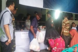 Harga Komoditas Pokok di Semarang Stabil