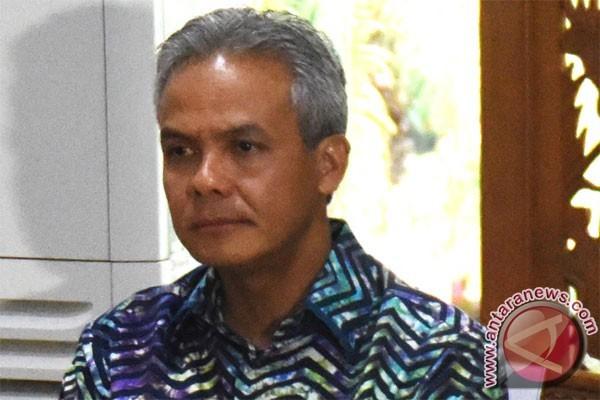 Gubernur Ganjar Pranowo Tetapkan UMK 2018
