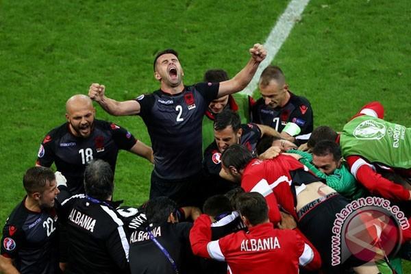 Christian Panucci Ditunjuk sebagai Pelatih Baru Timnas Albania