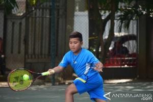 Petenis tuan Rumah Juara Junior Detec Open