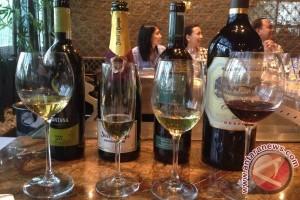 Sebotol Anggur Australia Berumur 66 Tahun Laku Rp545 Juta